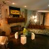 Yogis_living_room01