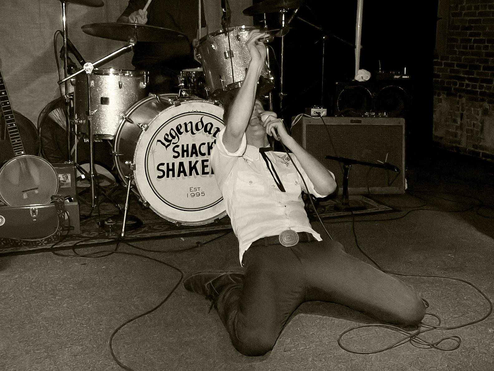 Th_Legendary_Shack_Shakers01